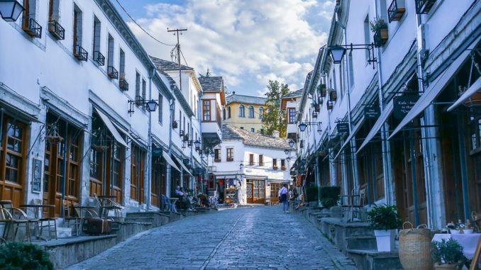 Cenově příznivé turistické destinace pro Čechy