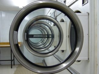 Jak hravě vyčistit pračku i bez chemie?