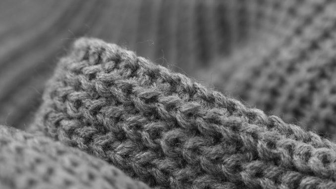 Pleteniny jsou nedílnou součástí každého outfitu