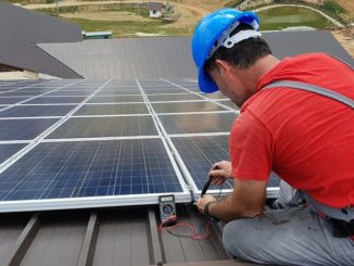 Fotovoltaika nebo rekuperace? Jaké jsou úsporné trendy ve světě bydlení?